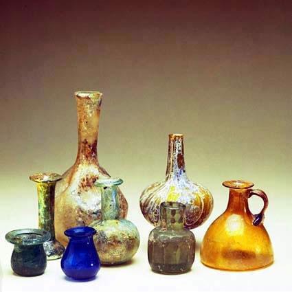 Risultati immagini per archeologia del profumo
