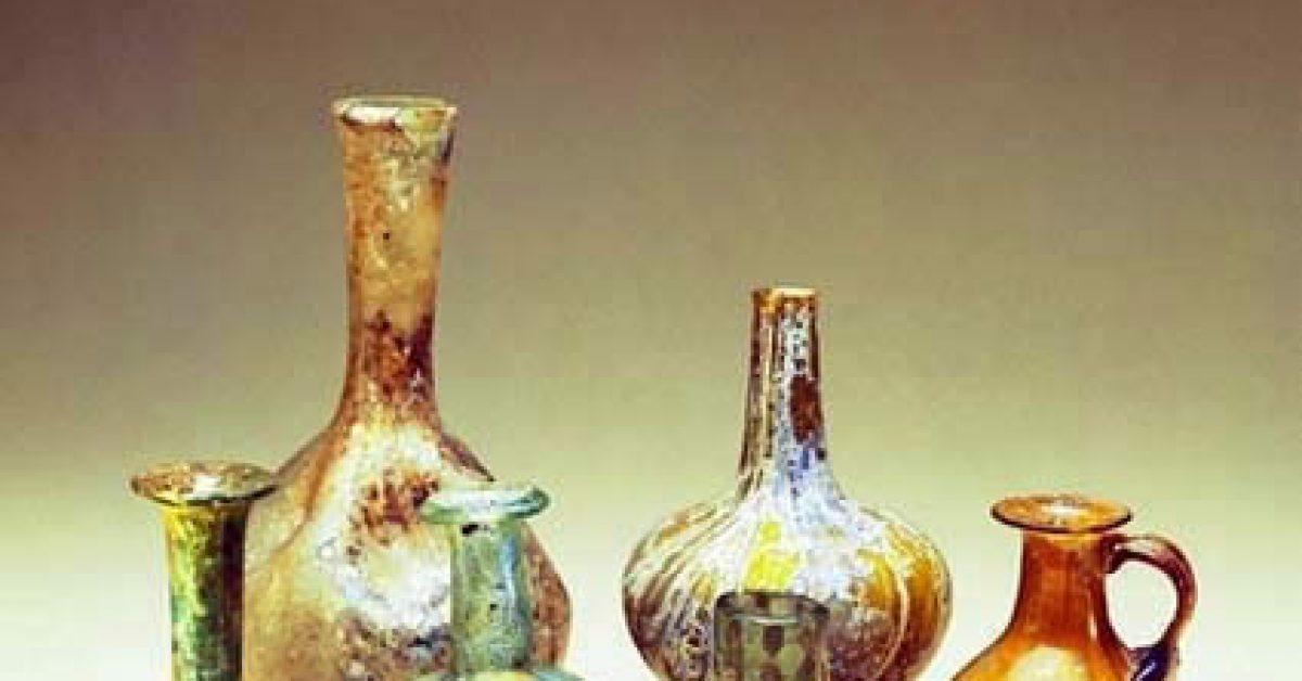 bottiglie-di-profumo-romano-i-iii